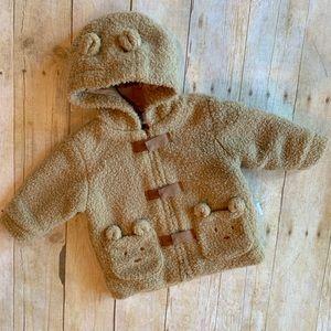 Precious teddy bear infant coat! 🐻💛